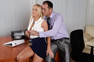 Blonde secretary Kiara Lord..