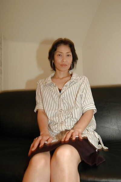 Naughty asian MILF takes off..