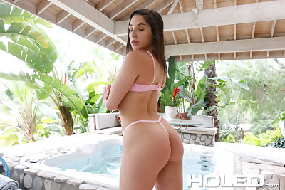 Solo girl Abella Danger..